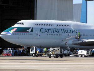 cathay pacific equipaje de mano